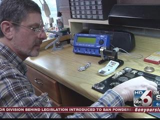 Idaho Gems: Eagle watchmaker keeps timepieces...