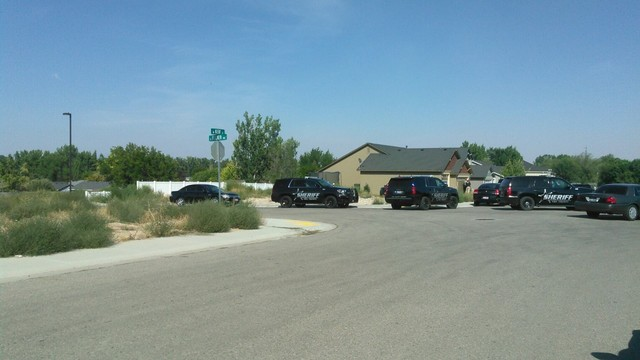 BREAKING: Kuna Police in standoff on Kerf street