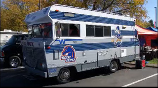 Patton gives Boise State fans his tailgate tip