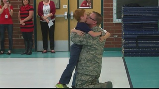 Airman dad shocks kids with surprise return home