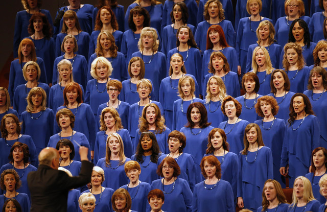 Mormon Tabernacle Choir will sing Trump, Pence into White House