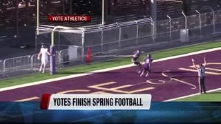 Yotes Hold Spring Game