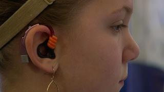 Legislation seeks to help kids with hearing loss