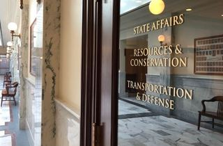 Lawmakers advance federal nullification bill