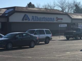 Albertsons to buy drugstore chain Rite Aid