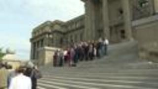 Republicans hold unite rally on Statehouse steps