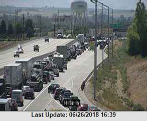 Crash Blocking Westbound I-84 Near Garrity